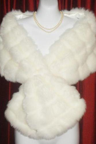 New white/ivory Winter Faux Fur Ivory Wedding Bridal Dress Shrugs Bolero Jacket Coat Shawl